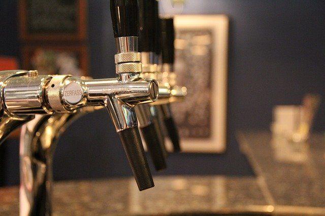 Vatios y energía tirador cerveza